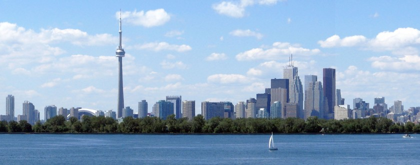 Toronto_skyline_tommythompsonpark_cropped